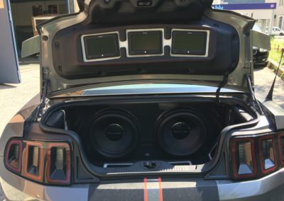 Ford Mustang V8 2014 1